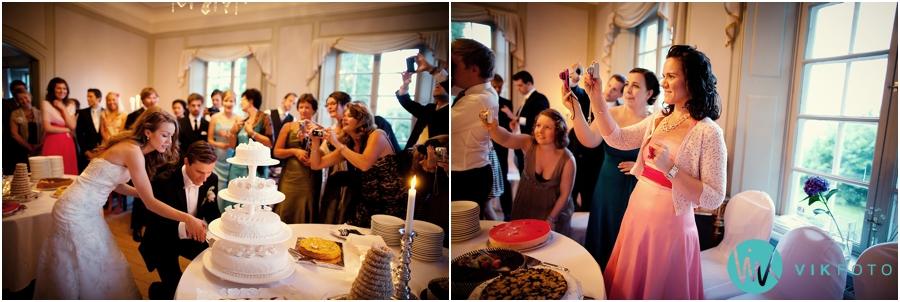 51-kakeskjaering-bryllup-bryllupskake-kakebord.jpg