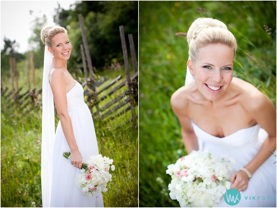 38 brud brudekjole Cecilie Melli brudebukett