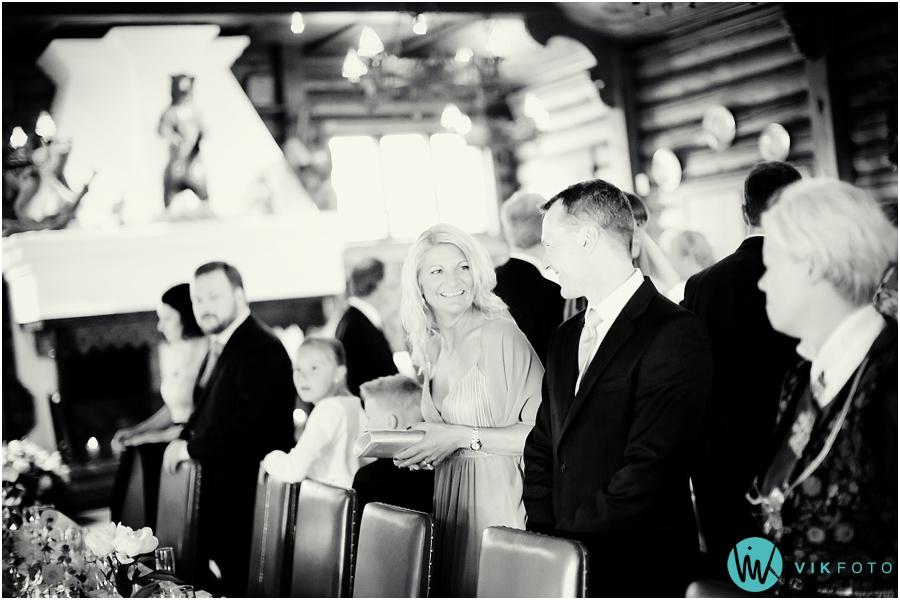44 bryllupsfotograf oslo frognerseteren gjester bryllupsfest