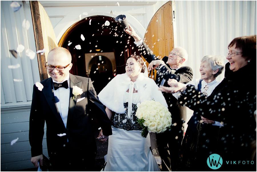 bryllup-kirke-vielse-kaste-ris.jpg