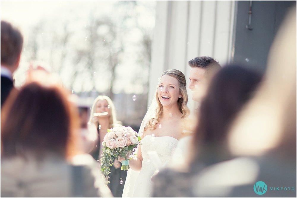 45-bryllupsfotograf-drobak-kirke-akershus.jpg