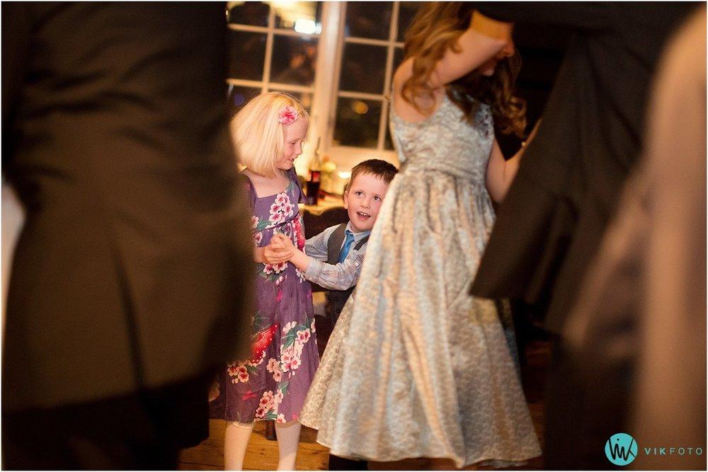 79-heldags-bryllupsfotograf-oslo-bryllupsfest.jpg