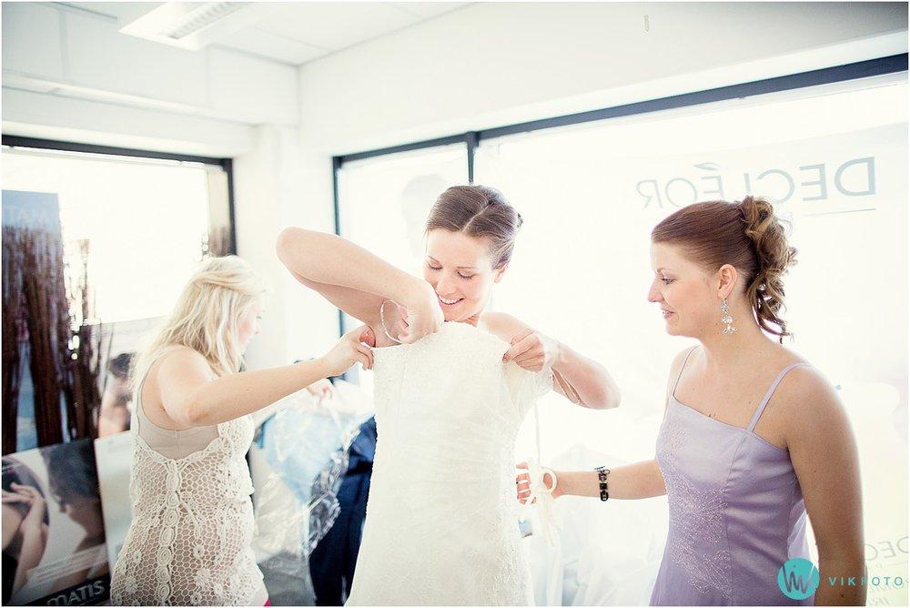 17-bryllup-brud-forlover-magic-frisor-lillestrom-forberedelser.jpg