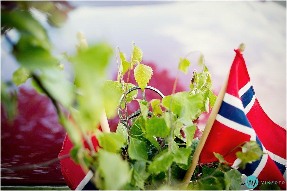 51-bryllup-bil-pynt-flagg.jpg