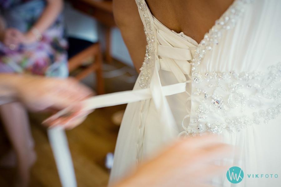 14-bryllup-detaljer-kjole-fotograf-fredrikstad.jpg