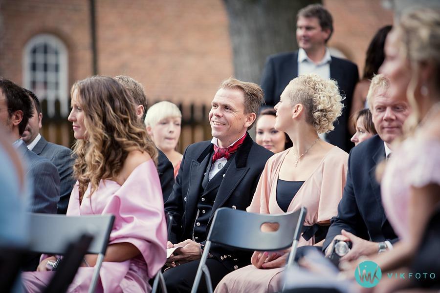 23-vielse-utendrs-bryllup-gamlebyen-fredrikstad.jpg
