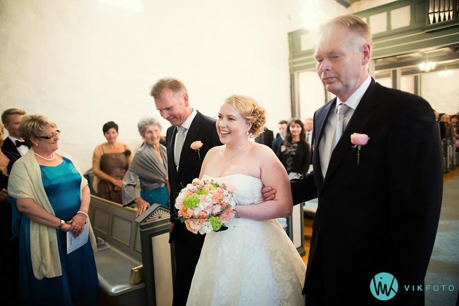 21-bryllup-vielse-råde-kirke-bryllupsfotograf-moss