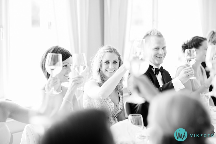 62-bryllupsfotograf-moss-jeløy-radio