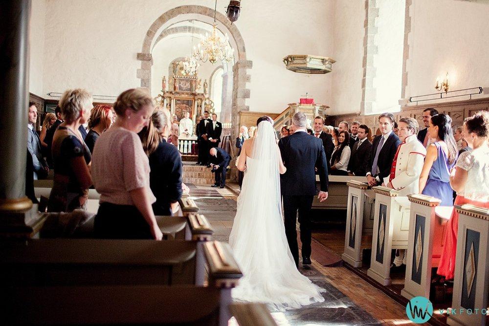 15-fotograf-bryllup-vielse-hedrum-kirke-larvik