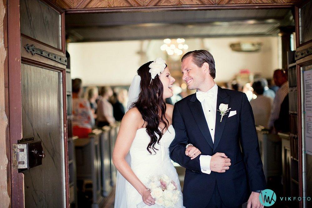 25-bryllupsfotograf-larvik-vielse-hedrum-kirke