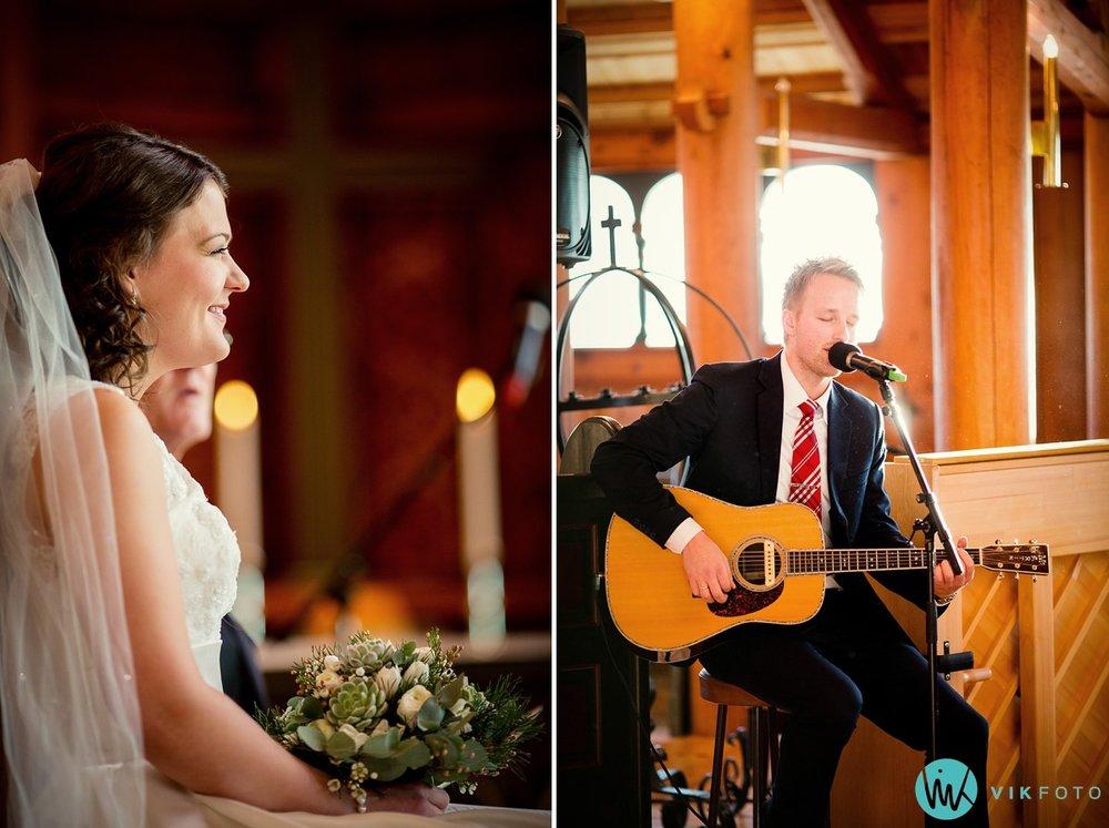 23-bryllupsfotograf-oslo-vielse-holmenkollen-kapell