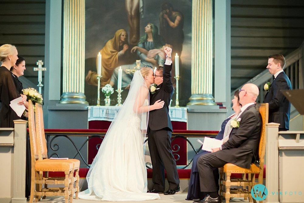 26-fotograf-sandefjord-bryllup-vielse-sandar-kirke