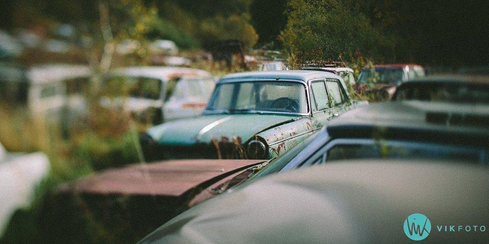 29-vikfoto-bilkirkegård-bilvrak-vrakpant-rusten-bil