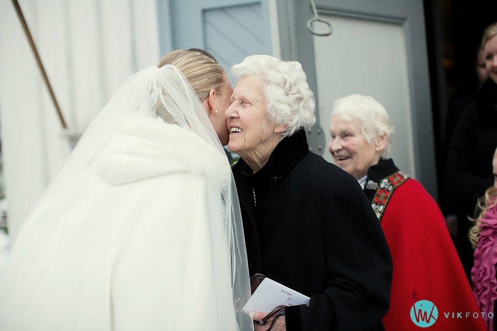33-fotograf-sandefjord-bryllup-vielse-sandar-kirke