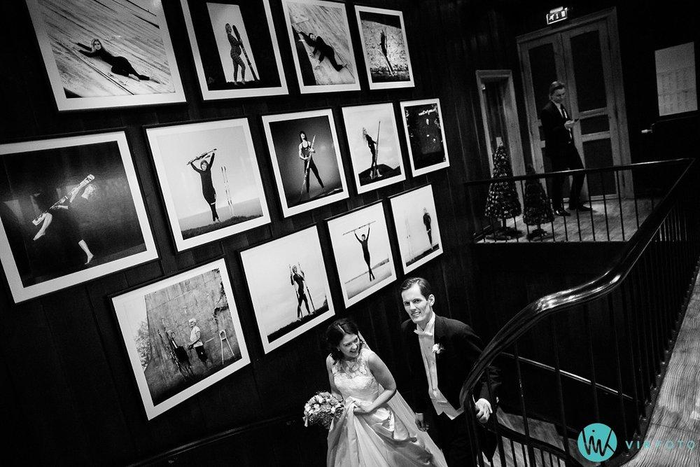 38-bryllupsfotograf-oslo-vinterbryllup-holmenkollen