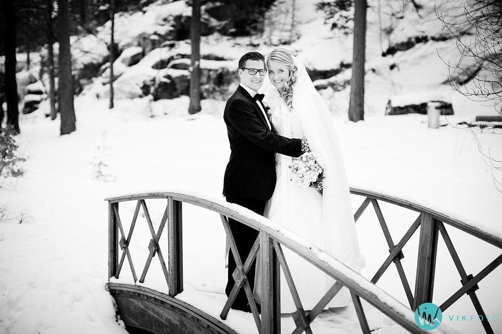 38-bryllupsfotograf-tonsberg-vinterbryllup