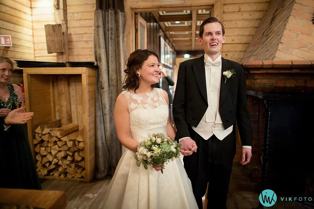 40-bryllupsfotograf-oslo-vinterbryllup-holmenkollen