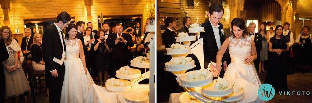 48-bryllupsfotograf-oslo-vinterbryllup-holmenkollen