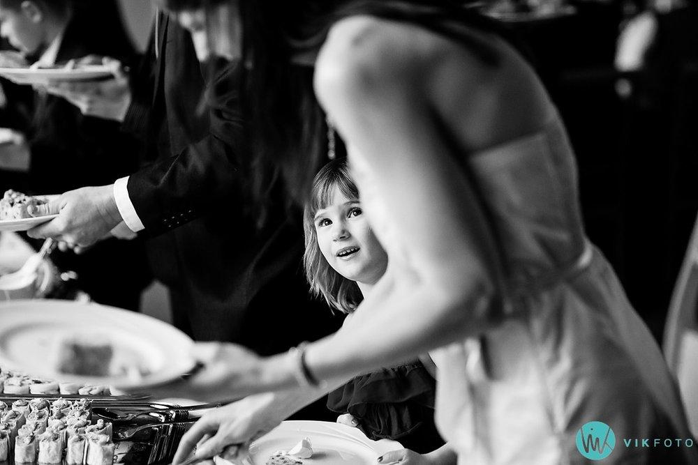 49-heldagsfotografering-bryllup-reportasje-hele-dagen