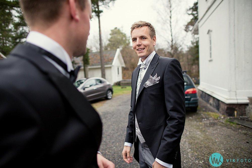 08-bryllupsfotograf-grimstad-arendal-engene-kirke