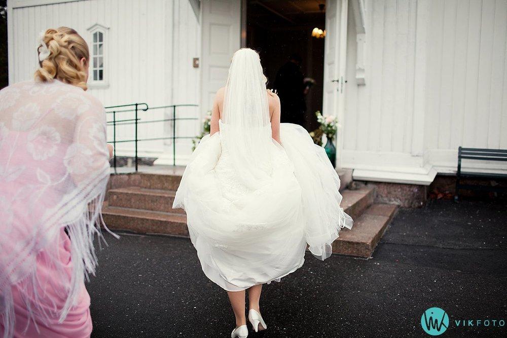 14-bryllupsfotograf-grimstad-arendal-engene-kirke