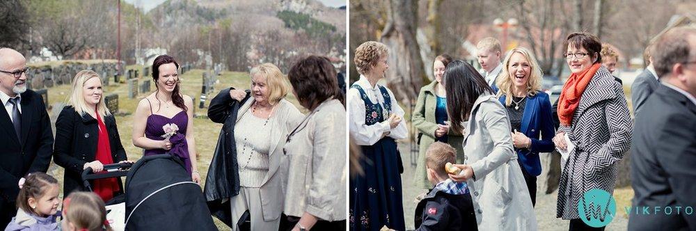 42-bryllup-kvinesdal-kirke-vielse-brudepar