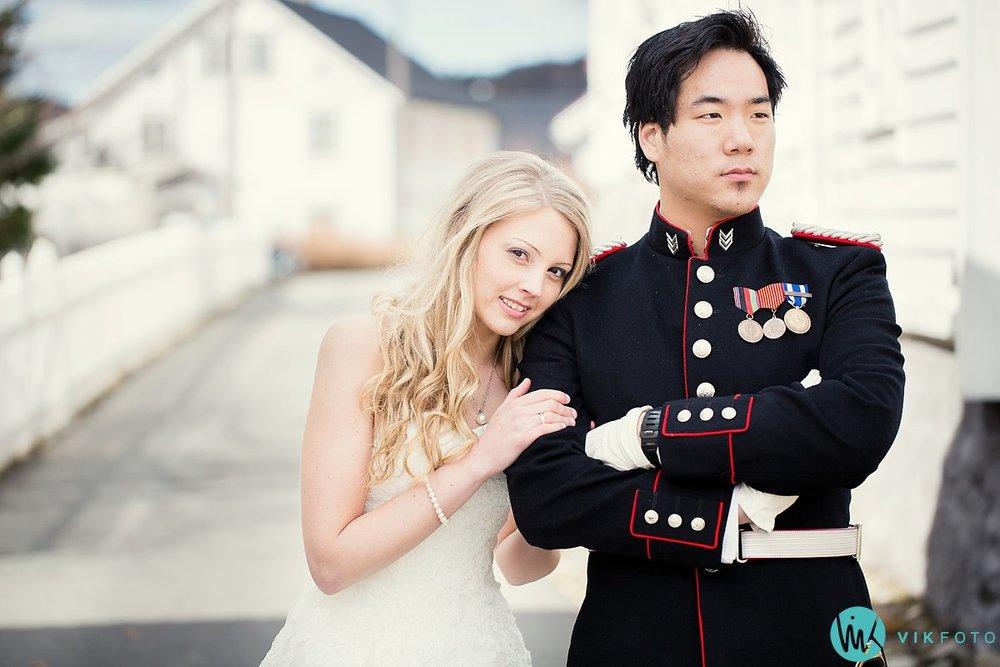 61-bryllupsbilde-bryllup-kvinesdal-soldat-uniform
