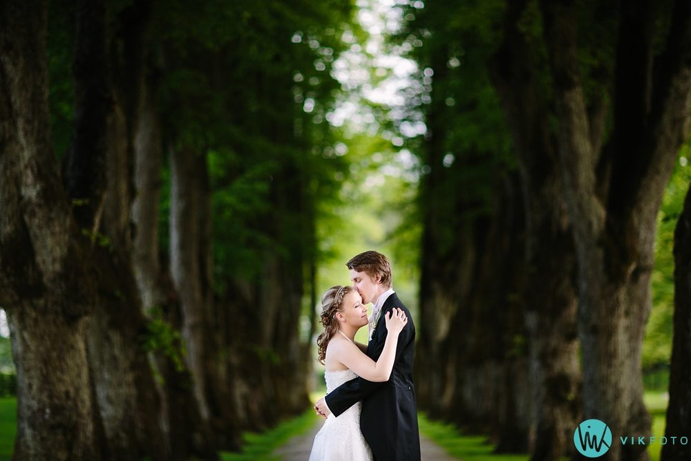 33-bryllup-fotograf-sarpsborg-bryllupsbilde-hafslund-hovedgård