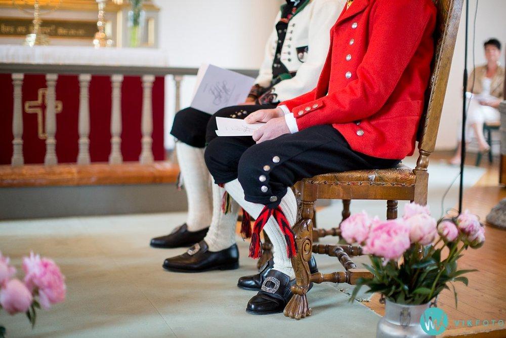 13-bryllup-fotograf-spydeberg-kirke-vielse