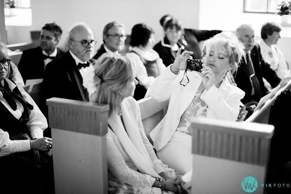 14-bryllup-fotograf-spydeberg-kirke-vielse