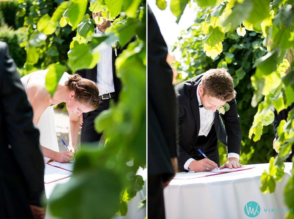27-utendørs-vielse-bryllup-refsnes-gods-moss