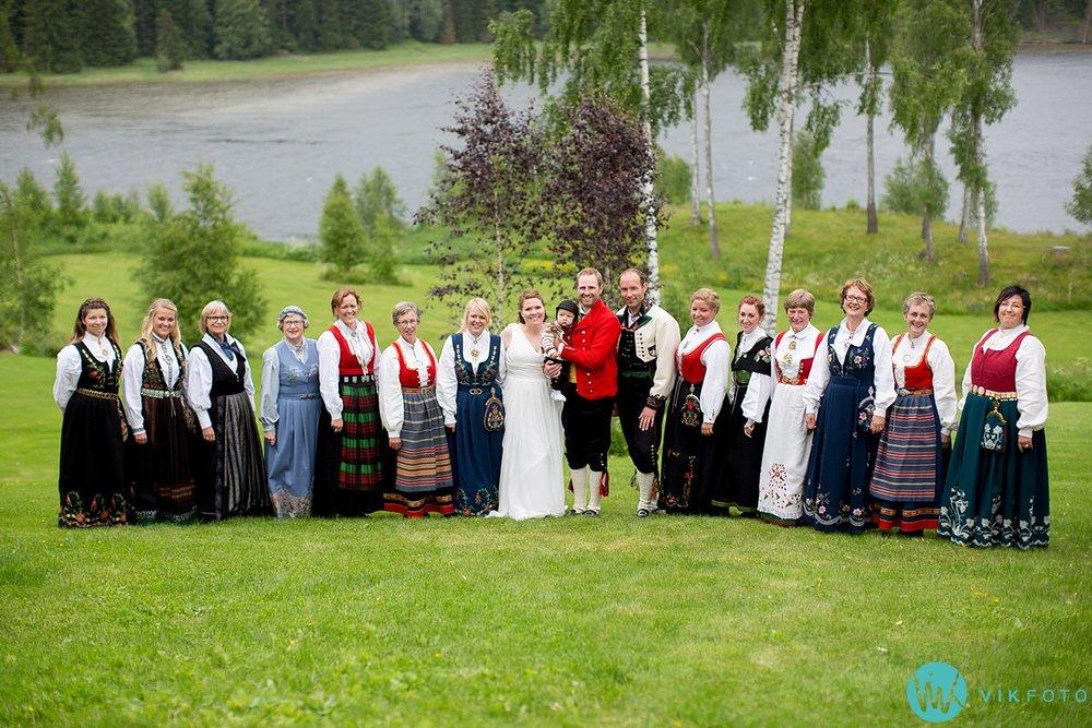 53-bryllup-fotograf-veiby-gård-skiptvet-fest
