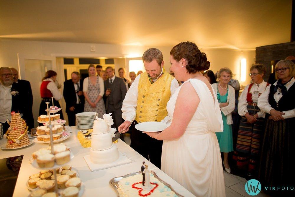 73-bryllup-fotograf-veiby-gård-skiptvet-fest
