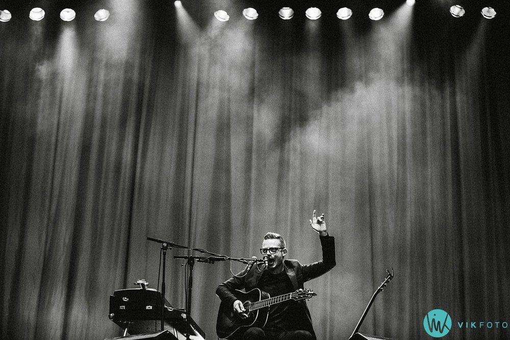 13-jarle-bernhoft-konsert-hvaler-gjestgiveri-plenen.jpg