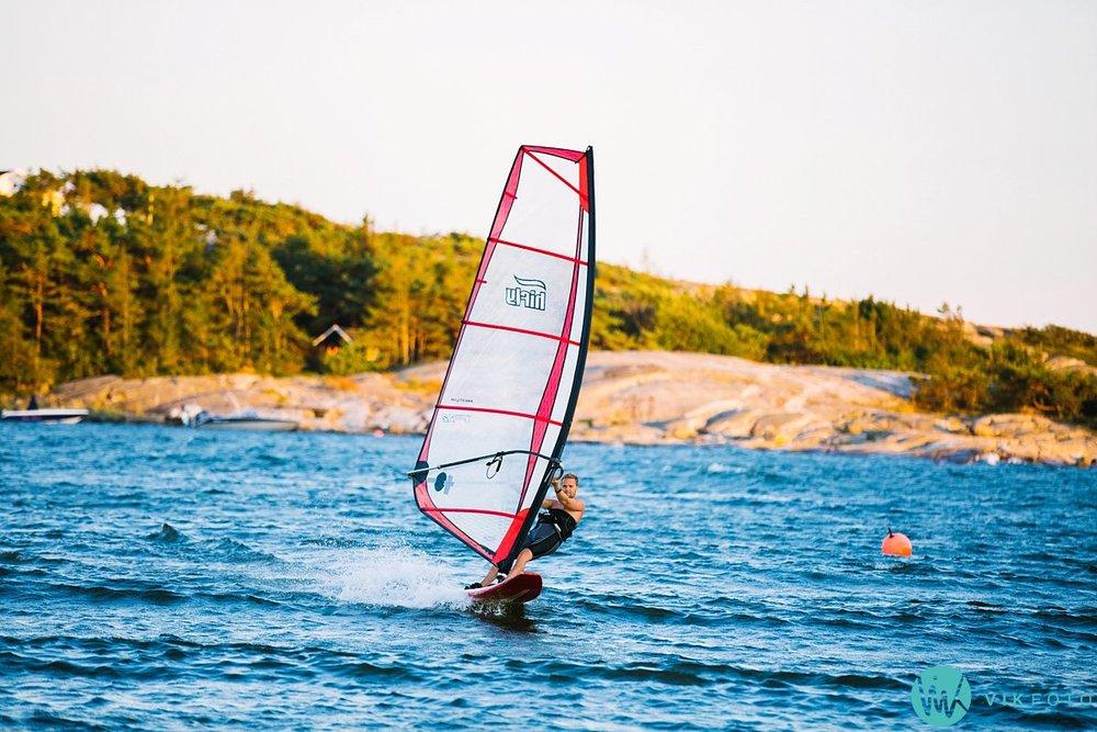 42-hvaler-windsurfing-brettseiling-ørekroken
