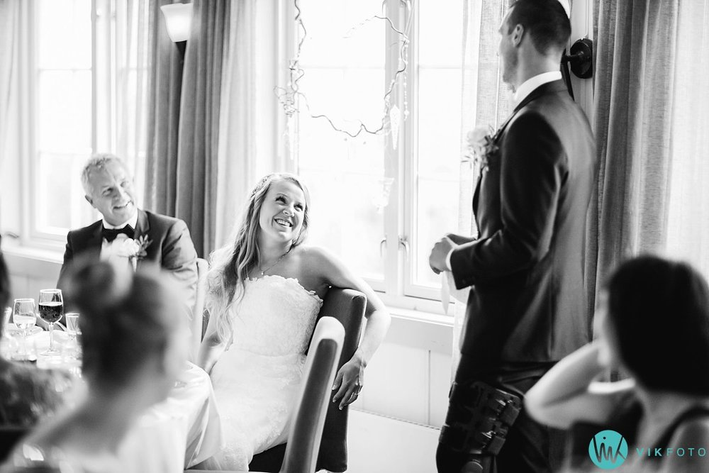 68-bryllupsfotograf-danebu-kongsgard-bryllupsbilder