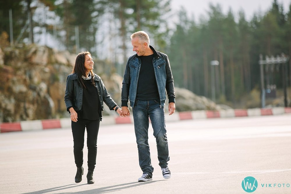 04-fotograf-sarpsborg-kjærestepar-porsche-rudskogen