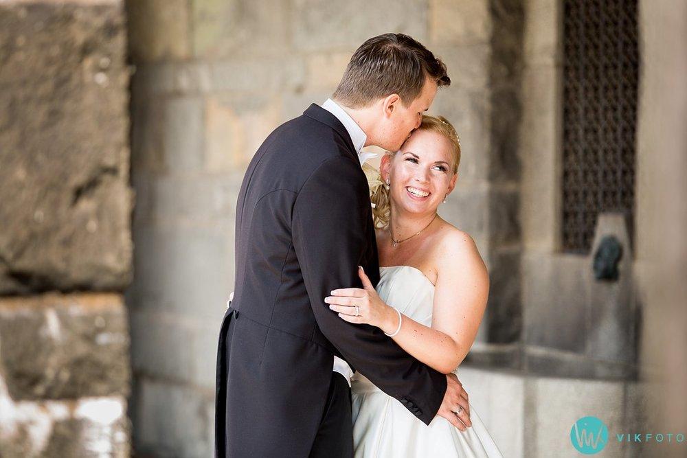 31-bryllupsbilde-ekebergrestauranten-bryllupsfotograf-oslo