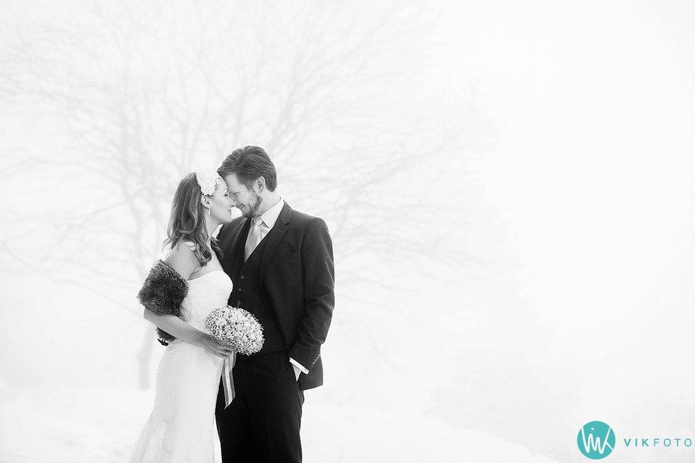 05-bryllupsbilde-frognerseteren-holmenkollen