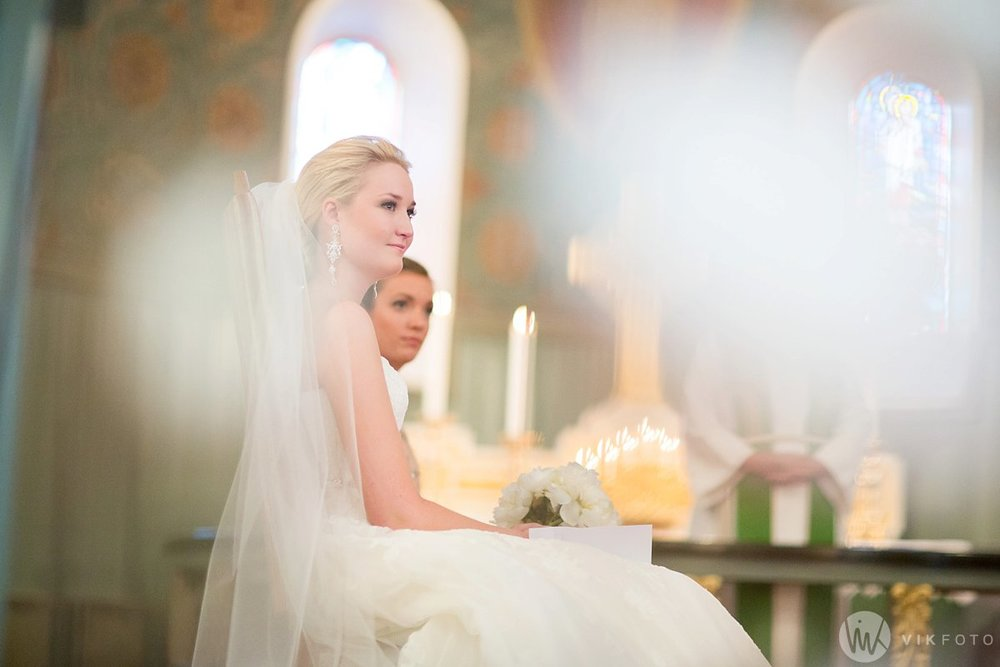 09-bryllupsfotograf-sarpsborg-vielse-tune-kirke