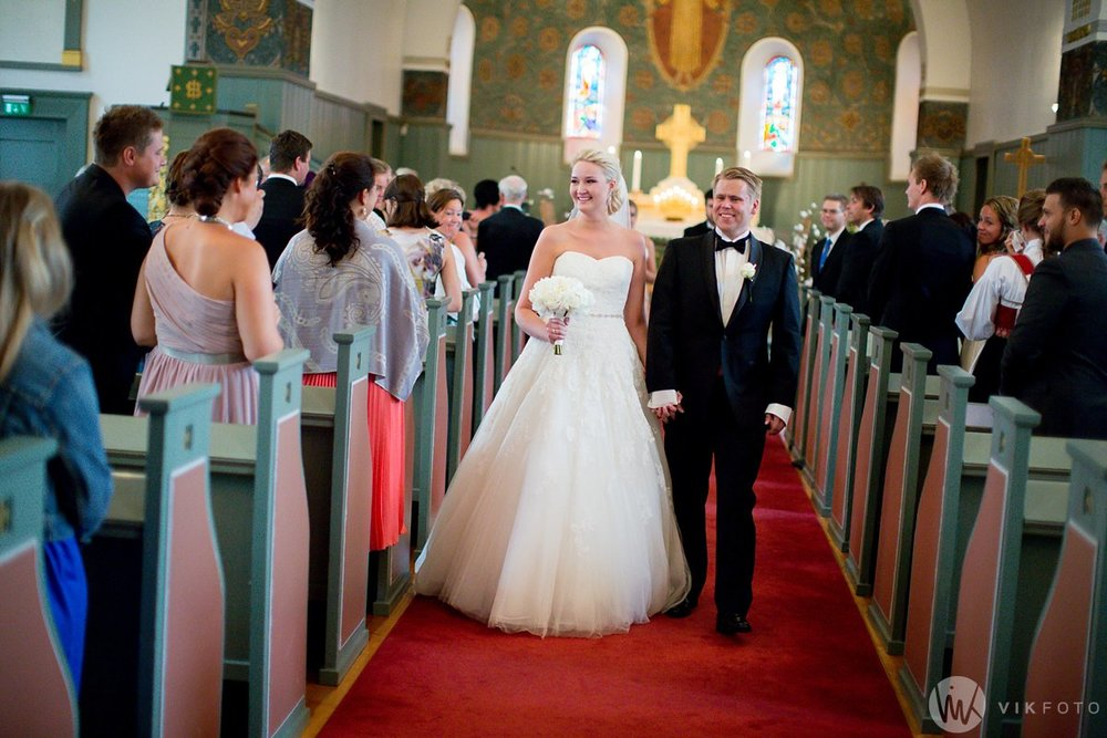 12-fotograf-bryllup-sarpsborg-tune-kirke-vielse
