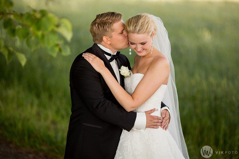 18-bryllupsfotograf-moss-jeløy-bryllupsbilde