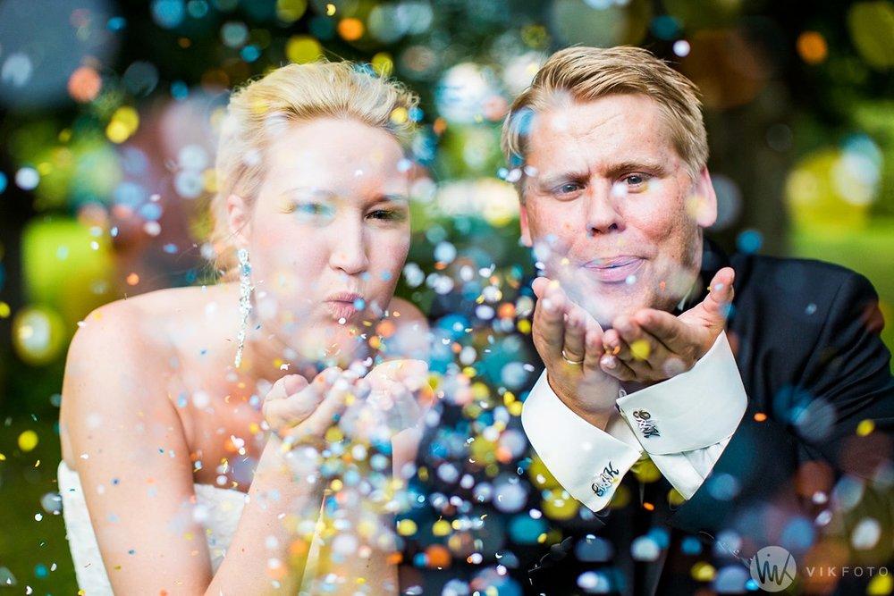 bryllupsbilde-konfetti