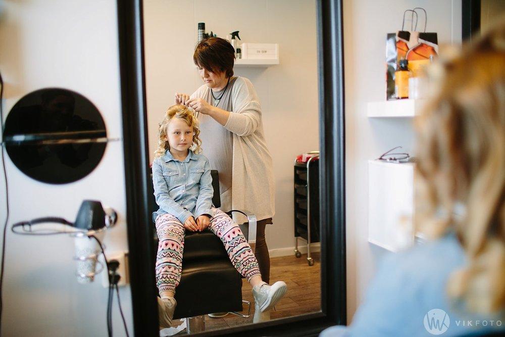 10-bryllup-fotograf-fredrikstad-brud-kace-hårpleie.jpg