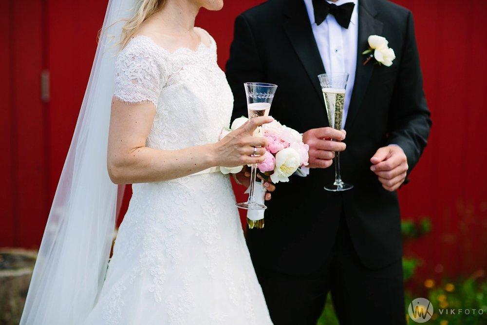 47-bryllup-hvaler-gjestgiveri-bryllupsbilde-brudepar.jpg