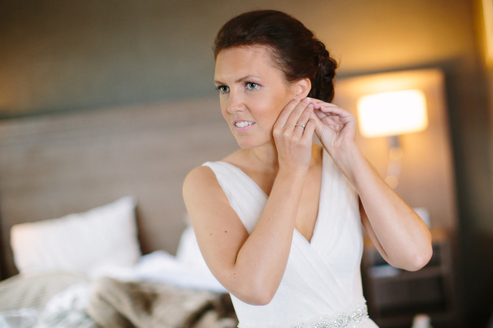 12-bryllup-holmen-fjordhotell-forberedelser-brud-forlovere.jpg