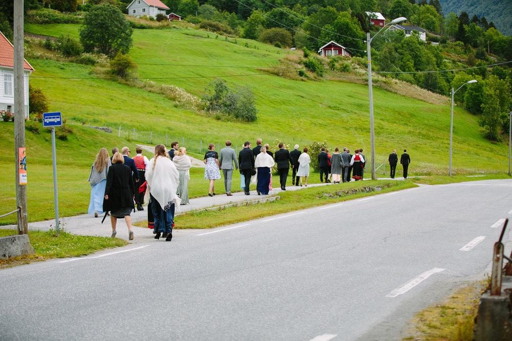 25-bryllup-dale-kirke-vielse-sogn-lustrafjorden.jpg