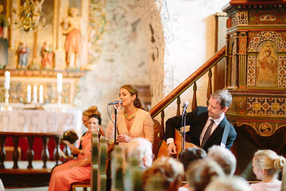 30-bryllup-dale-kirke-vielse-sogn-lustrafjorden.jpg
