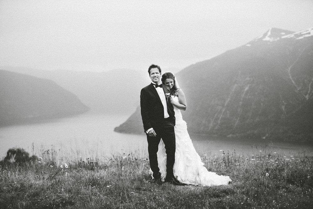 50-bryllupsbilde-sogn-lustrafjorden-torvis-hotell.jpg
