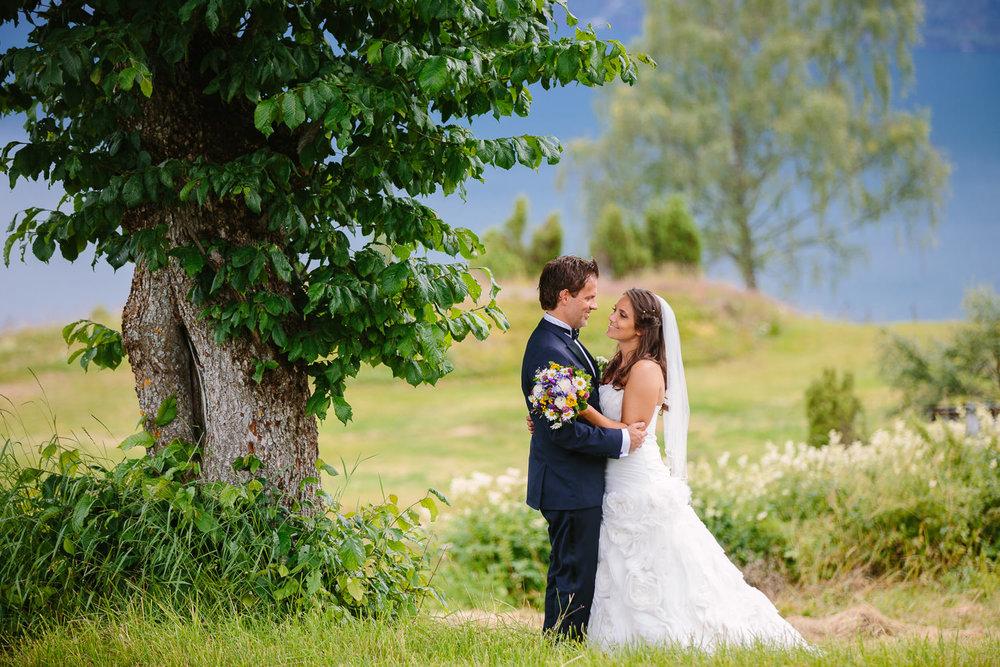 54-bryllupsbilde-sogn-lustrafjorden-torvis-hotell.jpg